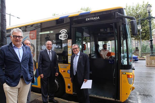 Presentació del servei de WiFi als autobusos de Lleida (Fotografia d'Herminia Sirvent, Paeria)