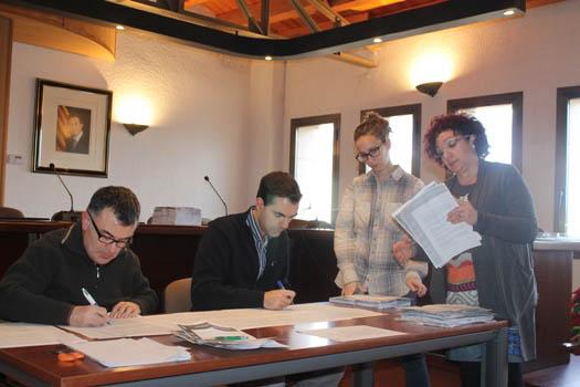 Escrutini de les propostes a l'Ajuntament de Flix (Fotografia de l'Aj.)