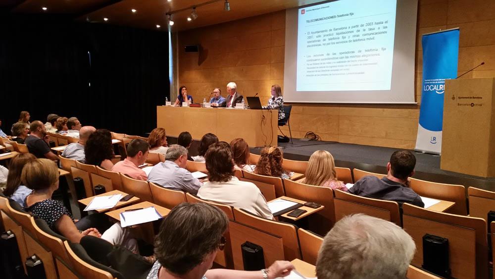 L'Auditori de Barcelona Activa es va omplir amb la jornada de Localret sobre tributació local