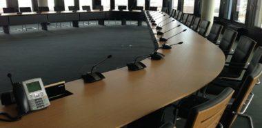 Imatge taula de reunions